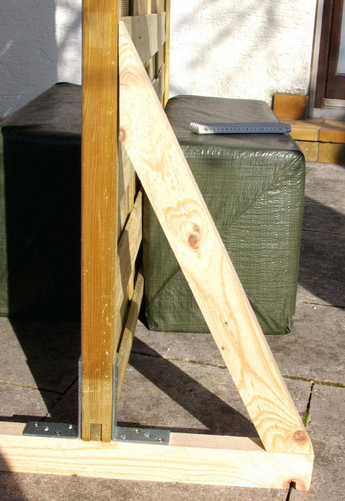 paravent balkon sichtschutz garten selber bauen anleitung. Black Bedroom Furniture Sets. Home Design Ideas