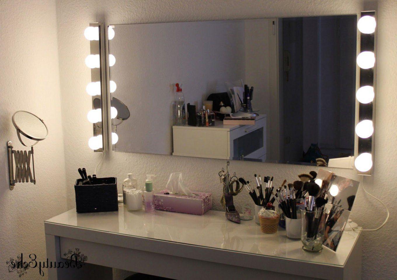 Parisottisch Volage Schwarz Weia Mit Led Beleuchtung Theater Selber von Spiegel Mit Beleuchtung Fuer Schminktisch Photo