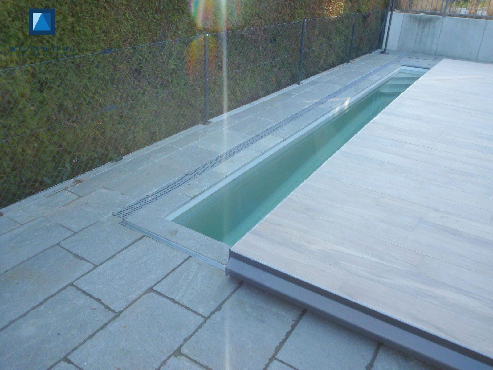Pooldeck Terrasse Pool Pinterest Con Pool Mit Überlaufrinne Selber von Pool Deck Selber Bauen Bild