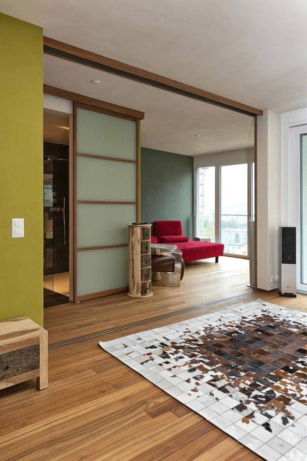 Raumteiler Wand Raumhoher Trennwand Komplett Geaffnet Mit Blick Auf von Trennwände Raumteiler Selber Bauen Bild