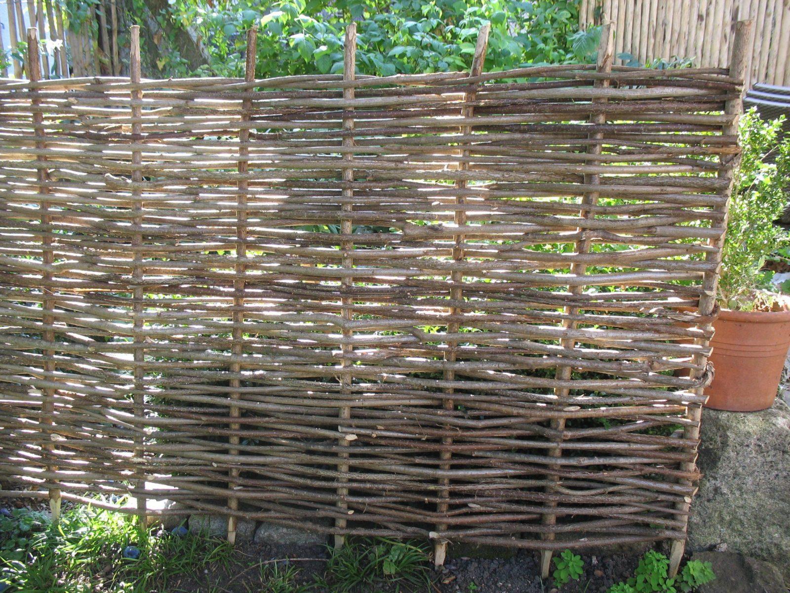 Schallschutz Im Garten Günstig  Die Schönsten Einrichtungsideen von Holzwände Für Den Garten Bild
