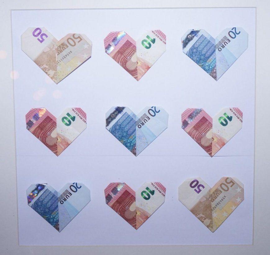 Schöner Schenken Und Geldscheine Falten Das Herz  Heiraten & Hochzeit von Geldschein Als Herz Falten Bild
