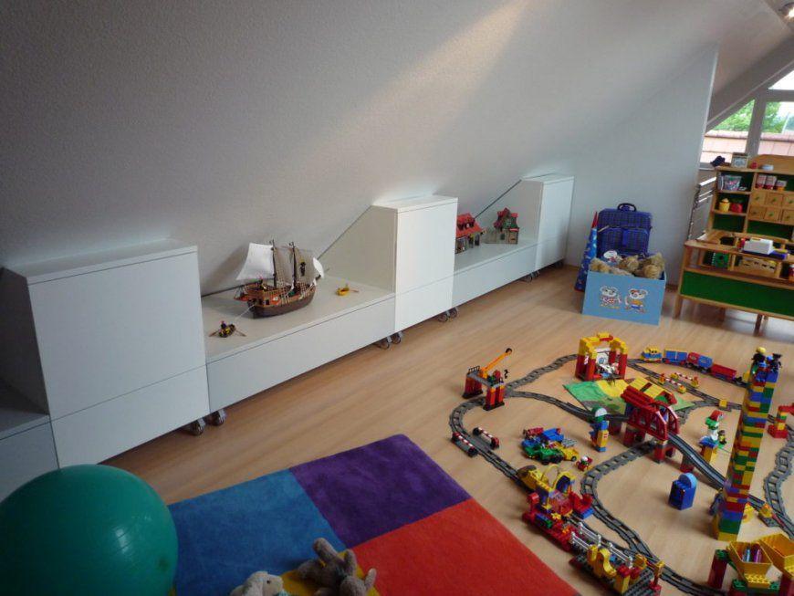 Sehr Gute Ideen Kinderzimmer Mit Schräge Und Beeindruckende Tack von Kleines Kinderzimmer Mit Dachschräge Bild