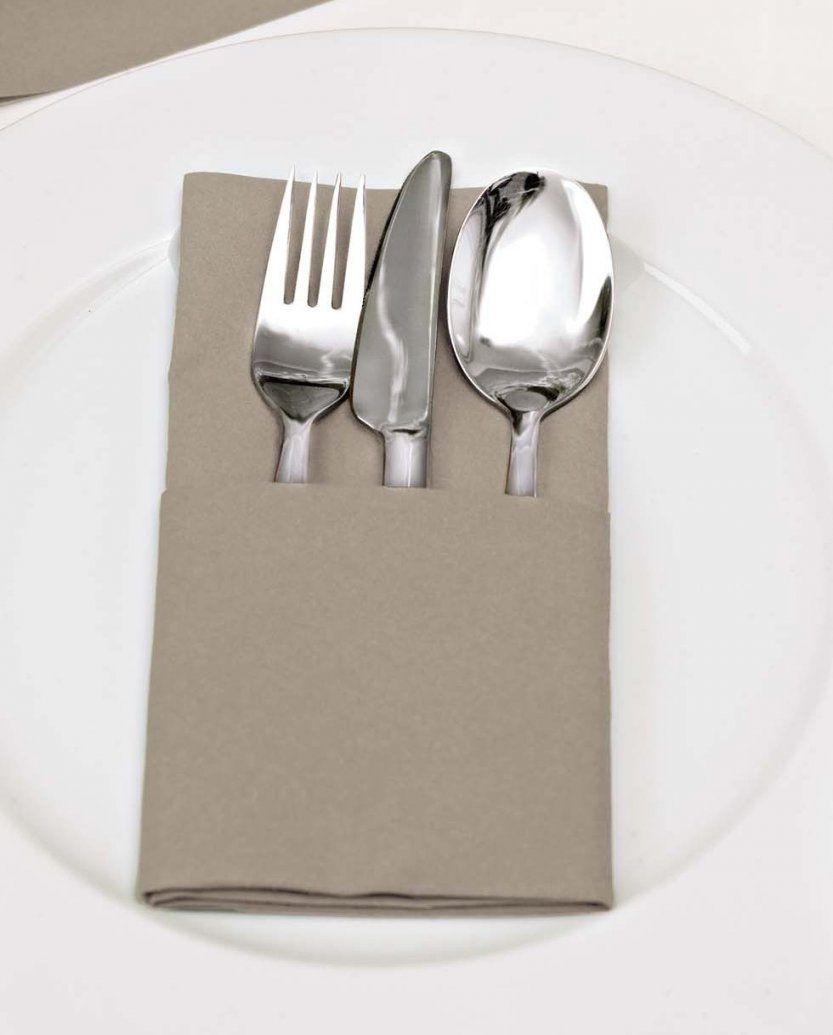 Servietten Mit Bestecktasche Servietten Falten Mit Muster von Bestecktaschen Falten Für Buffet Bild