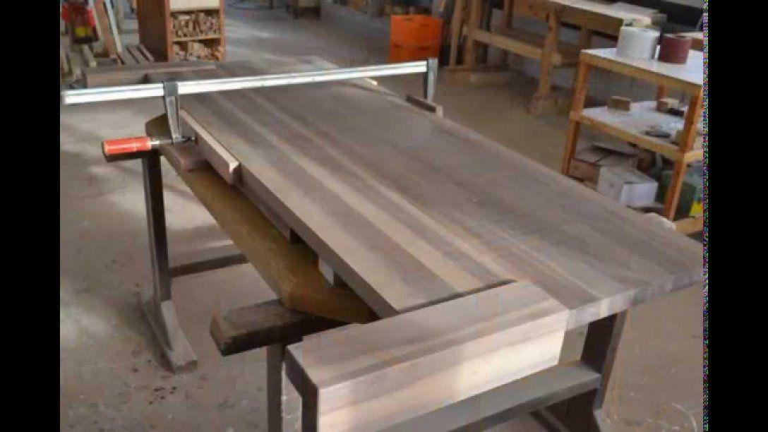 So Entsteht Ein Massivholz Bett Aus Walnuss In Der Schreinerei Holz von Massivholz Bett Selber Bauen Bild