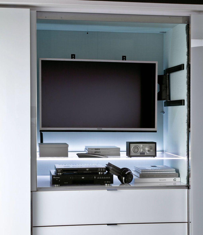 Staud Media Schwebetürenschrank Kleiderschrank Mit Tv Aussparung 298 von Schlafzimmerschrank Mit Tv Fach Bild
