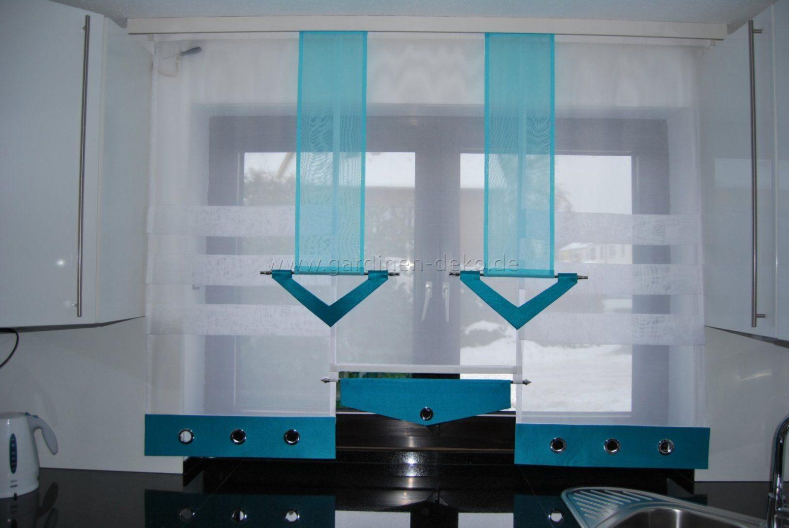 Stufenvorhang Für Die Küche In Edlem Türkis Und Weiß Mit Ösen  Http von Gardinen In Der Küche Bild