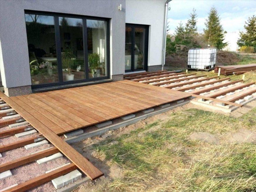 Terrasse Selber Bauen Unterkonstruktion Stilvolle Holzterrasse Ga von Terrasse Selber Bauen Aus Paletten Bild