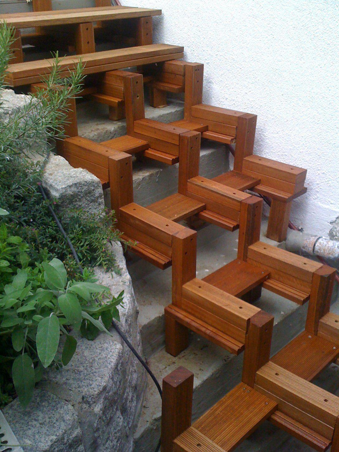 Treppe Auen Einzigartig Eine Treppe Aus Holz Wir Bauen Treppen In von Treppe Im Garten Selbst Bauen Bild