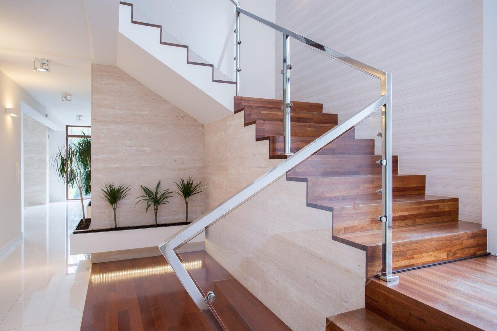 Treppenhausgestaltung Füers Einfamilienhaus 10 Ideen von Altes Treppenhaus Neu Gestalten Photo