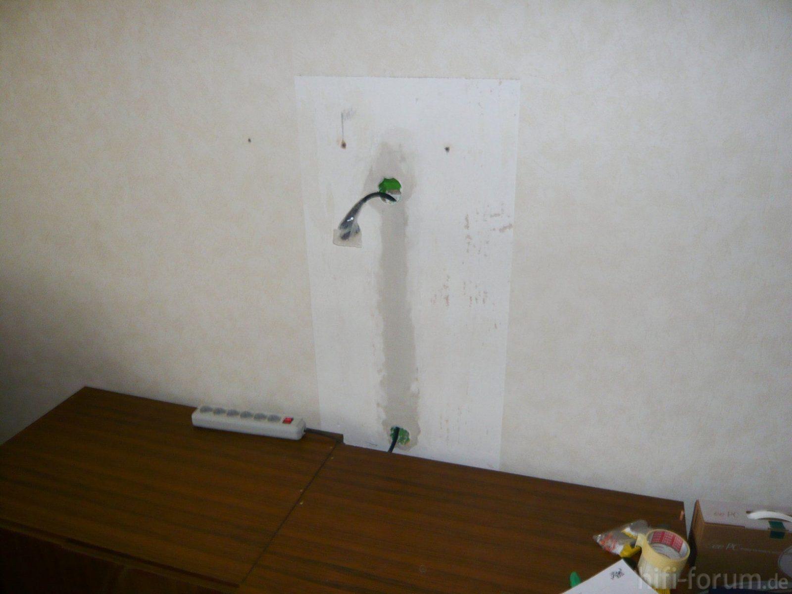 Tv Wandhalterung Kabel Verstecken  Ambiznes von Fernseher An Die Wand Hängen Kabel Verstecken Bild