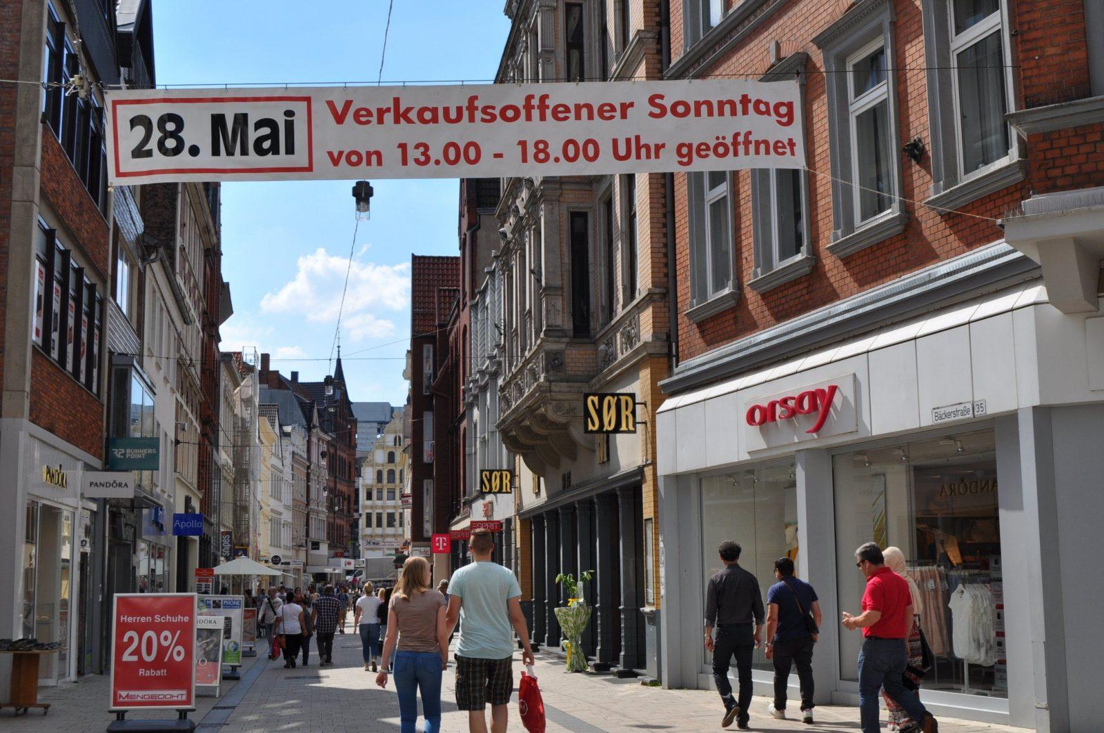 Verkaufsoffener Sonntag In Minden  Minden Kurier Online von Porta Möbel Minden Verkaufsoffener Sonntag Photo