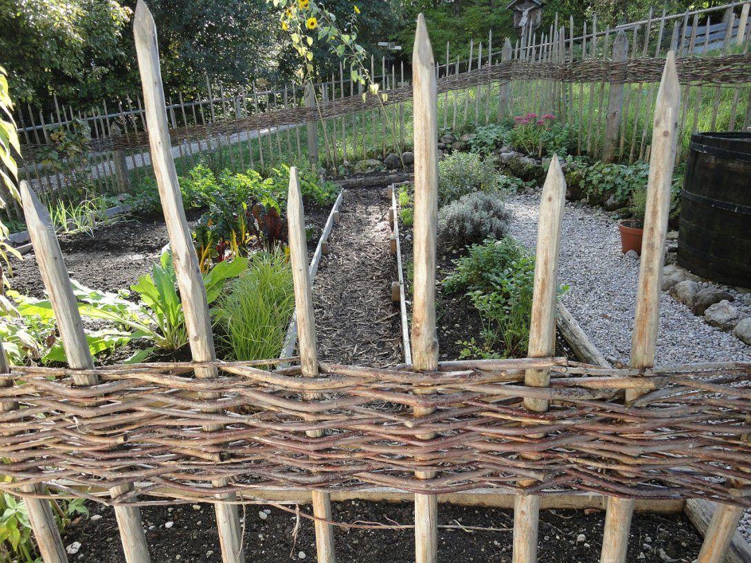 Vorgarten Anlegen Und Gestalten  Garten Mix von Kleiner Zaun Für Vorgarten Bild