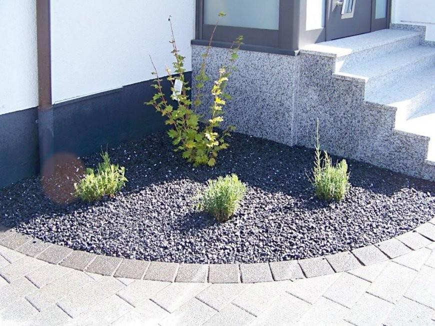 Vorgarten Mit Kies Und Rindenmulch 70 Images Vorgarten Mit Von von Gartengestaltung Mit Rindenmulch Und Steinen Bild