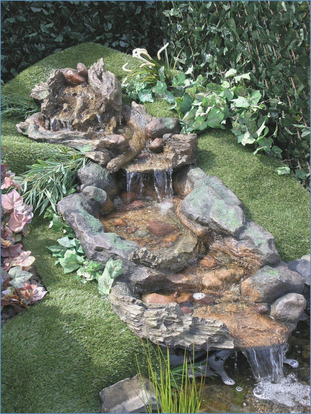 Wasserfall Garten Selber Bauen  Garten Dekorieren Ideen Wasserfall von Kleinen Wasserfall Selber Bauen Bild