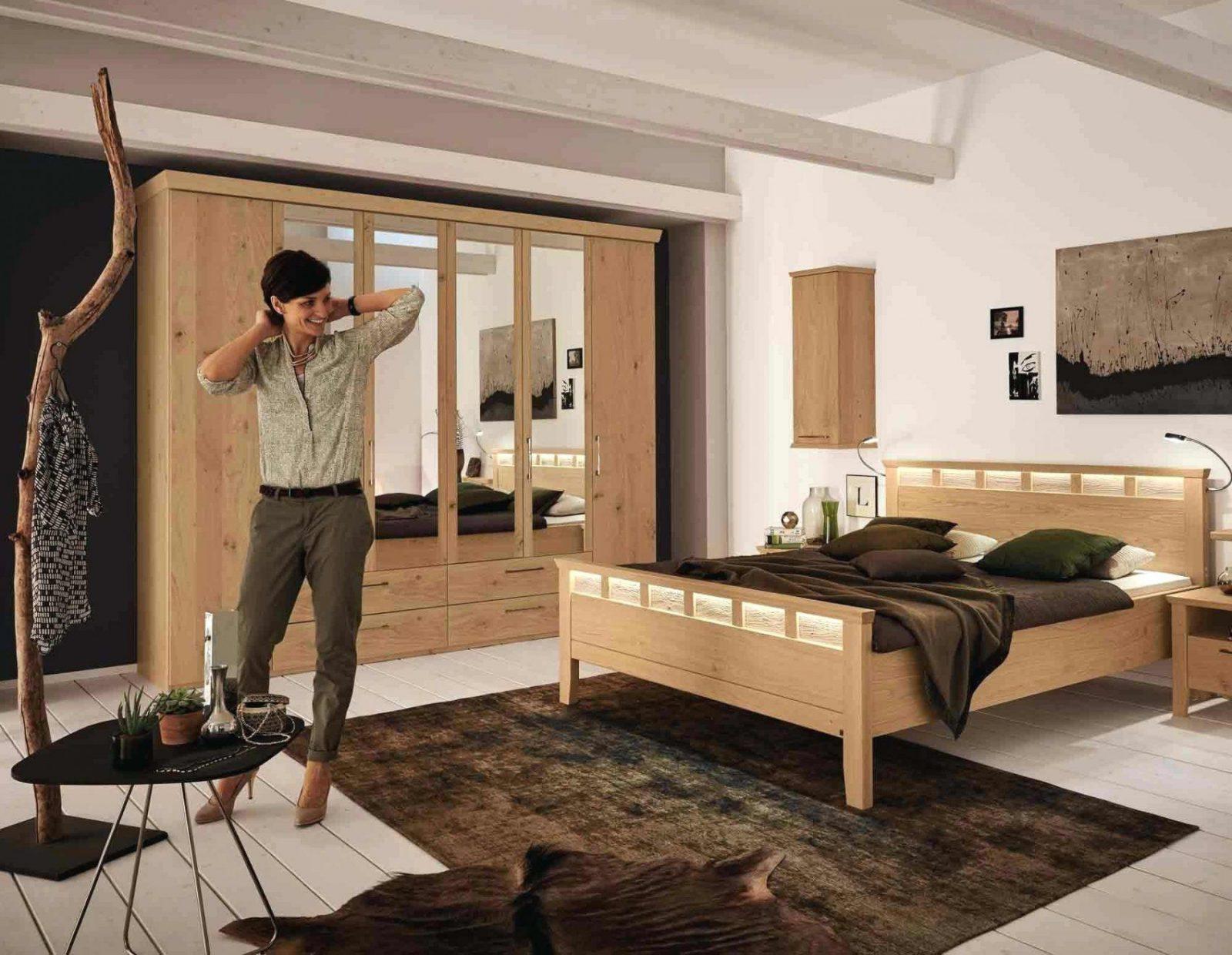 Wohnwand Mit Integriertem Bett von Wohnwand Mit Integriertem Bett Photo