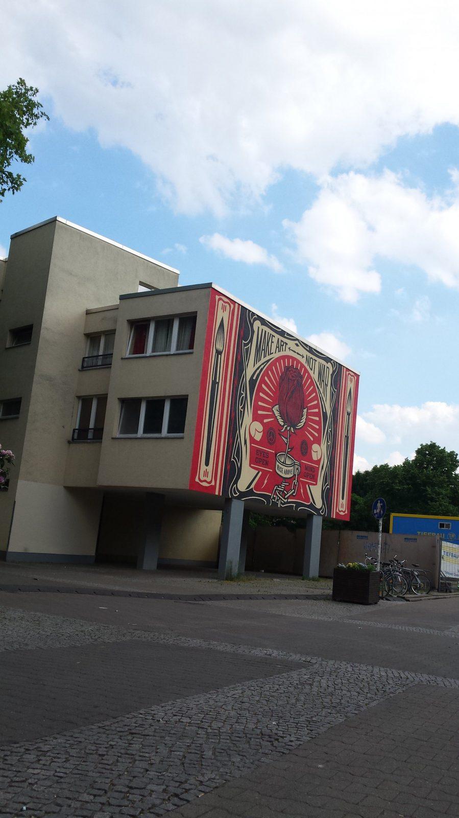 Xyz Gentrifizierung & Stadtpolitik  Kreuzberg Südost von Poco Domäne Berlin Hallesches Tor Bild