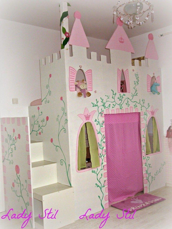 Zimmereinblick Der Kleinen  Prinzessin Schloss Hochbetten Und Ikea von Prinzessin Hochbett Selber Bauen Photo