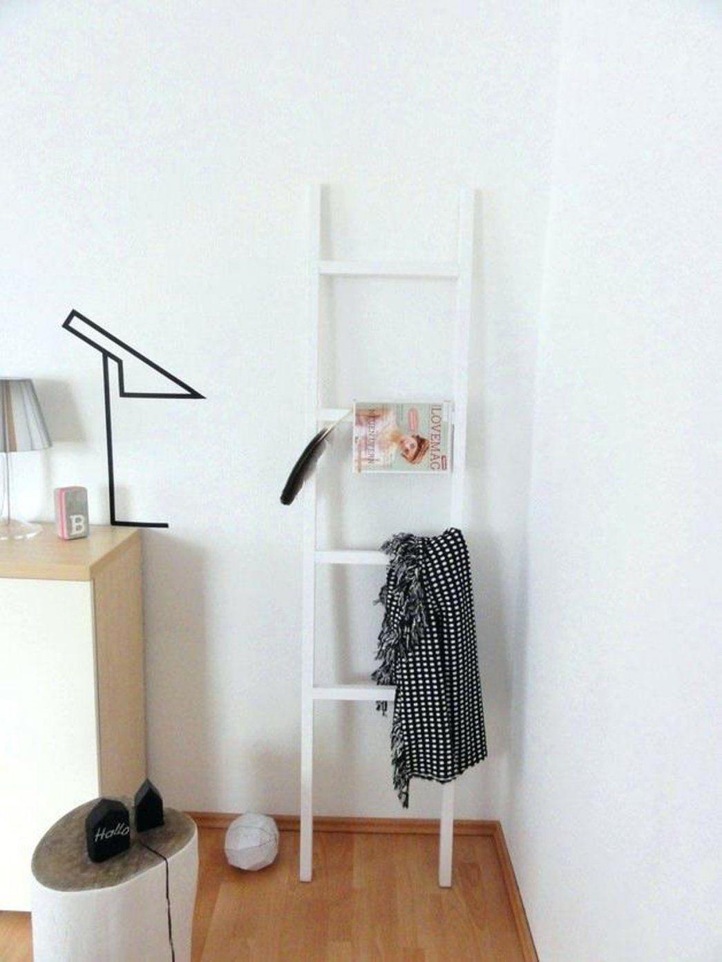 22 Cool Modell Bezieht Sich Auf Stuhl Schlafzimmer  Beste Sammlung von Ablage Für Kleidung Im Schlafzimmer Bild