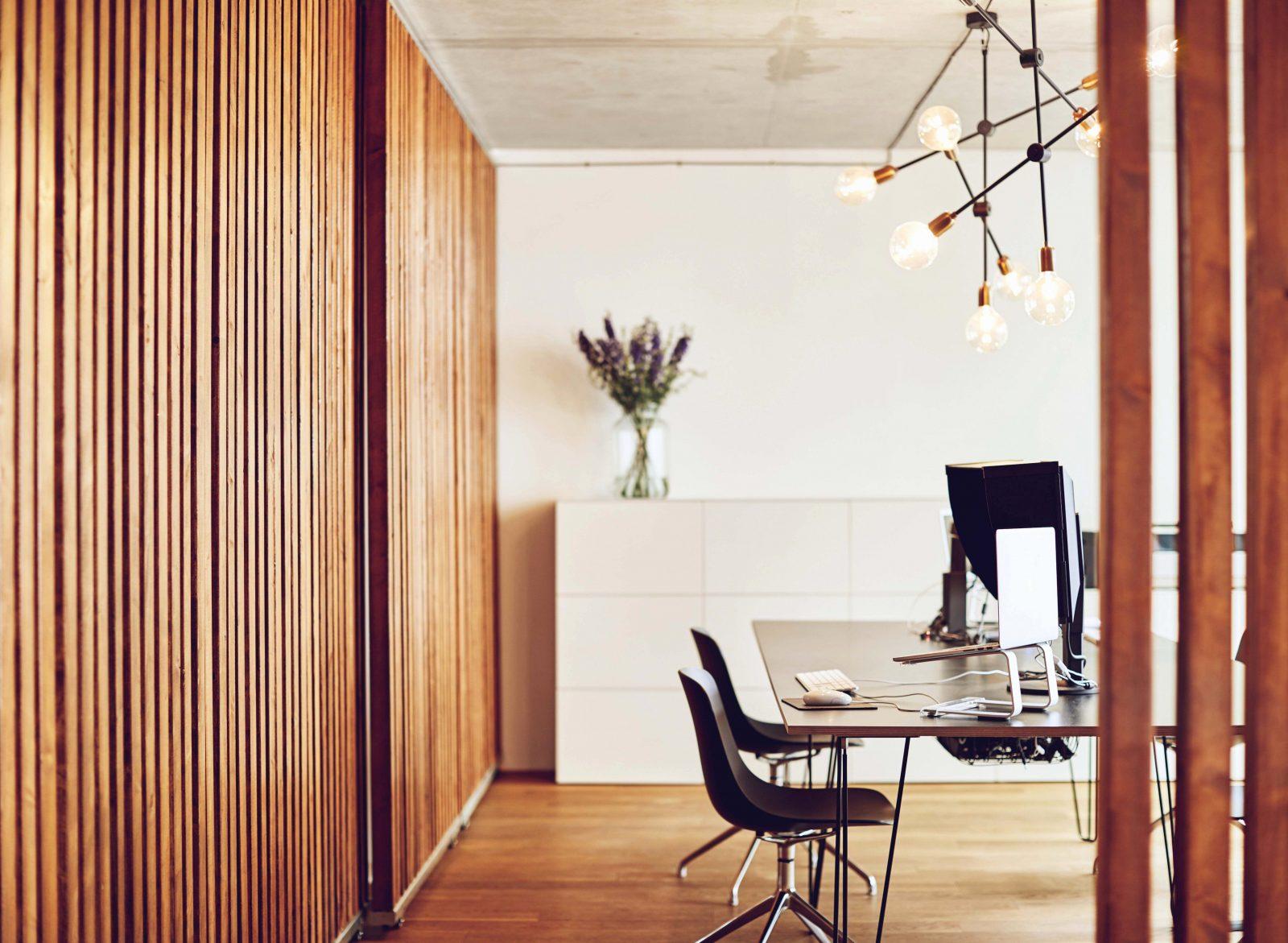 26 Elegant Fotos Von Braune Holzdecke Weiß Streichen  Noyoto von Braune Holzdecke Weiß Streichen Bild
