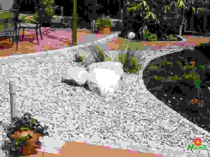30 Inspiration Gartengestaltung Mit Kies Und Steinen Schema  Garten von Gartengestaltung Mit Steinen Und Kies Bilder Photo