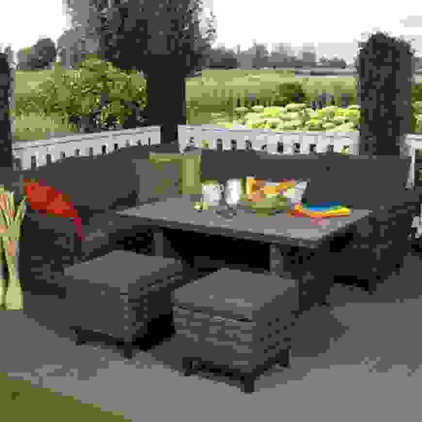 30 Neueste Loungemöbel Für Kleinen Balkon Designideen  Garten von Loungemöbel Für Kleinen Balkon Photo