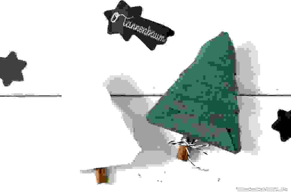 35 Inspiration Servietten Falten Tannenbaum Schema  Gartenmöbel Ideen von Serviette Als Tannenbaum Falten Photo