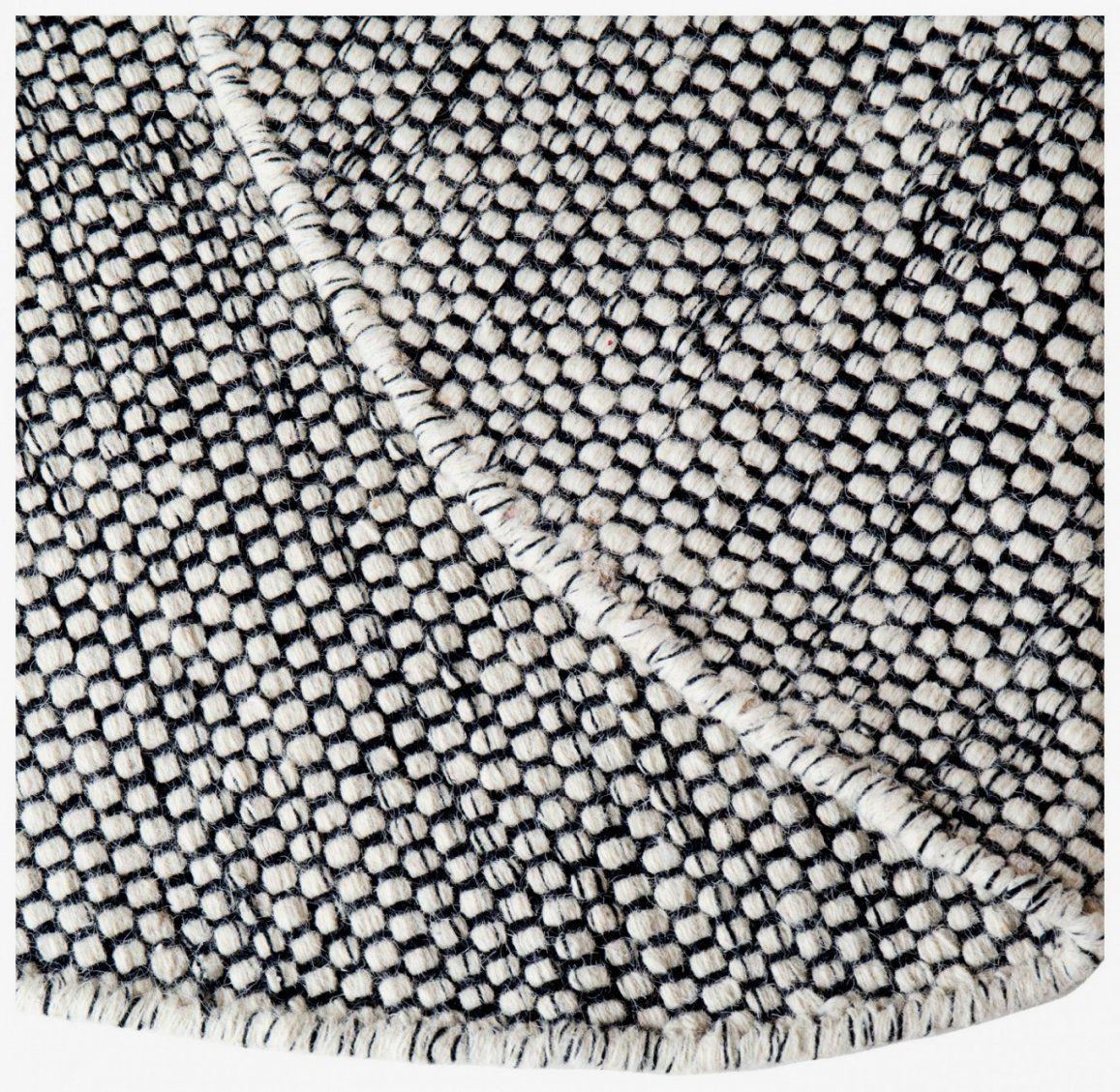 39 Inspirierend Teppich Rund Schwarz Weiß Für Ihre Dekorationsideen von Teppich Rund Schwarz Weiß Photo