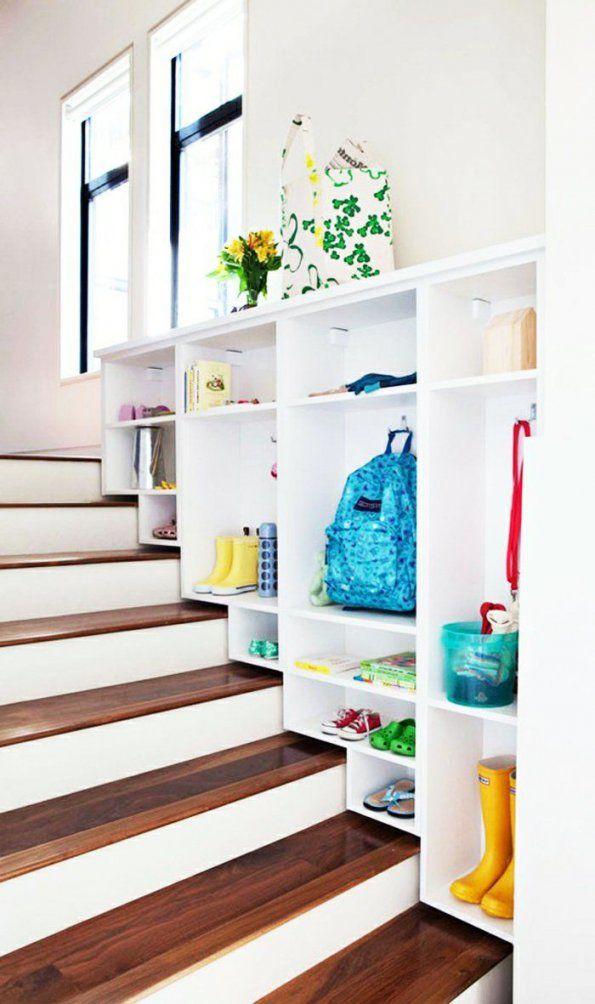 44 Stauraum Ideen Für Ein Wohnliches Zuhause  Wohnideen Flur von Wohnideen Flur Mit Treppe Bild