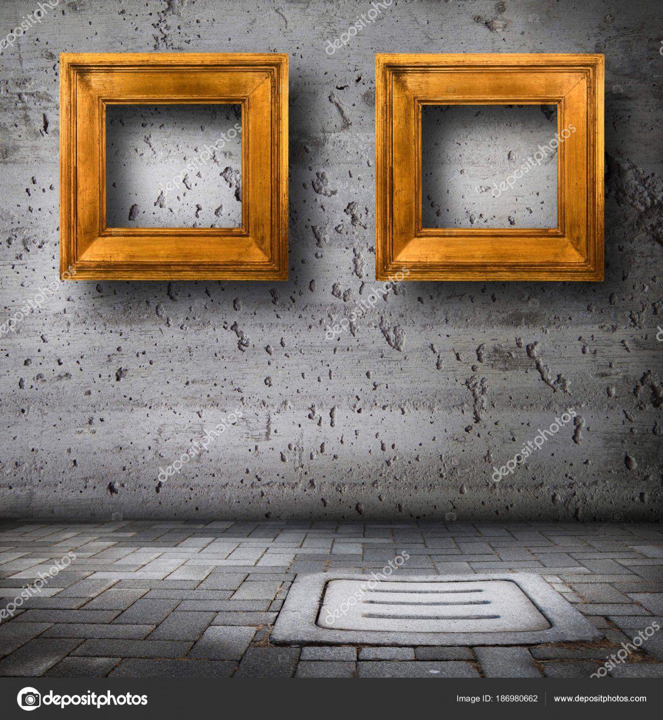 Alte Bilder An Die Wand Hängen — Stockfoto © Photobeps 186980662 von Bilder An Die Wand Bild
