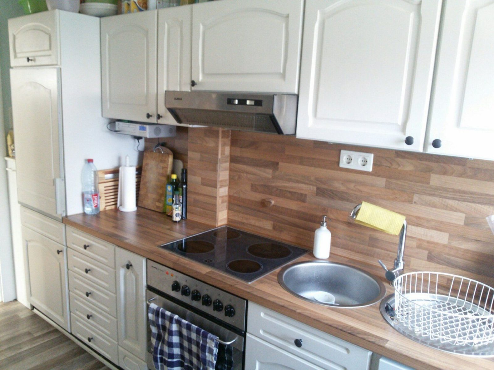 Alte Küche Neu Gestalten Vorher Nachher Fabelhaft Emejing Alte Küche von Küche Neu Streichen Und Gestalten Bild