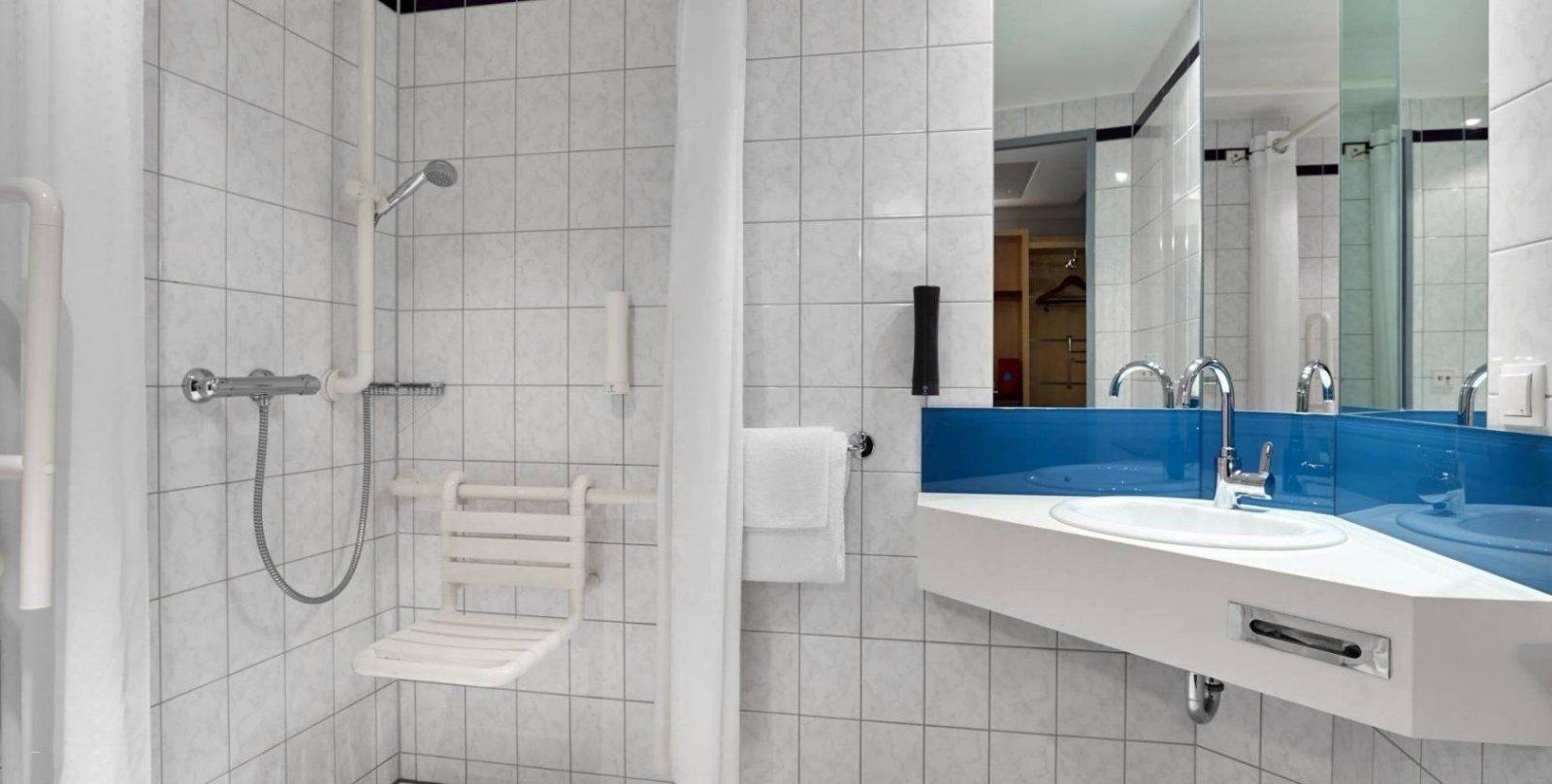 Badezimmer Kostengünstig Renovieren Neu Badezimmer Berlin Top von Badezimmer Kostengünstig Renovieren Bild