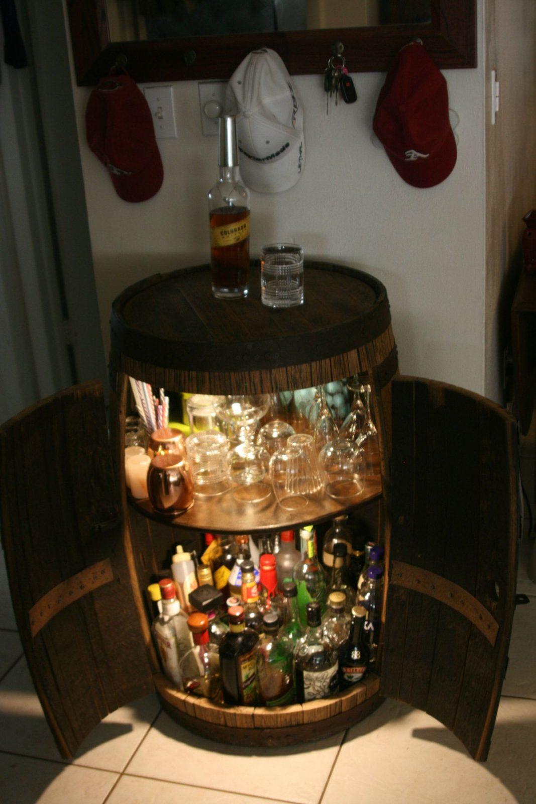 Barrel  Fass Weinfass Und Partyraum von Weinfass Bar Selber Bauen Photo
