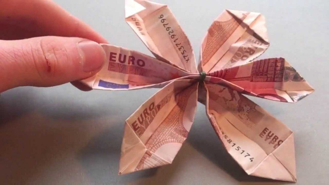 Bastelanleitung Blume Aus Geld Falten  Blume Aus Origami Machen von Blumen Falten Aus Geldscheinen Bild