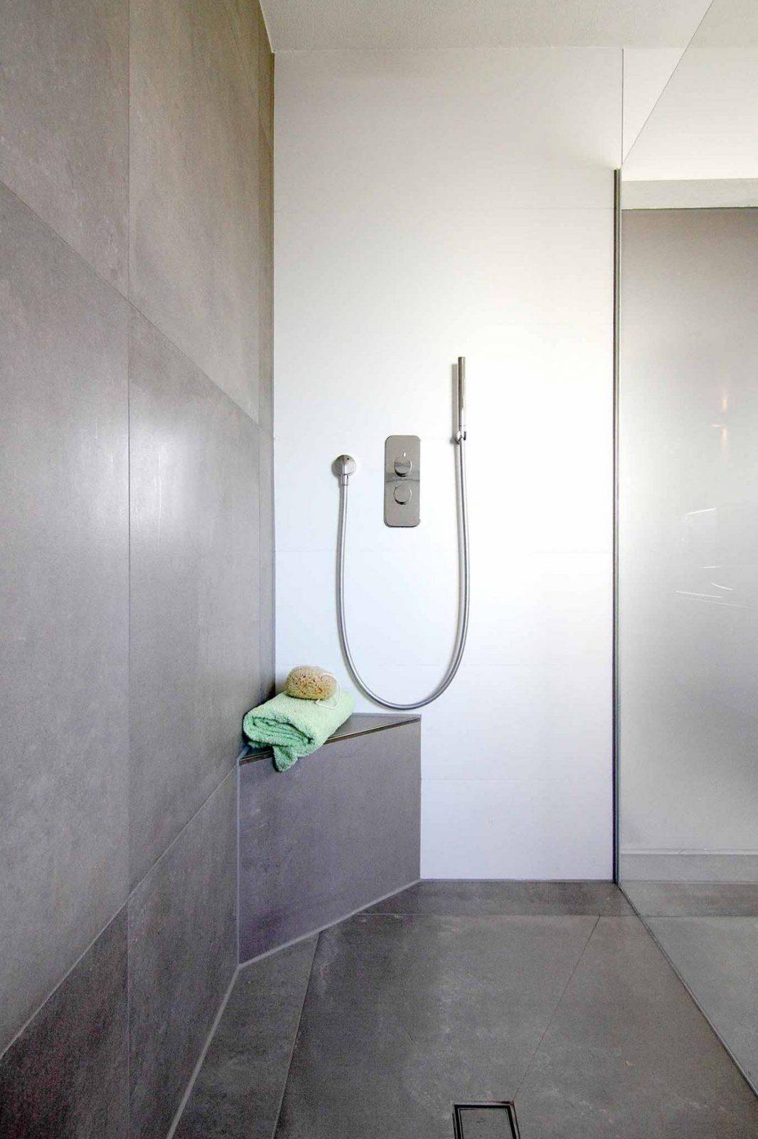 Bildergebnis F 252 R Walk In Dusche Podest Duschabtrennung