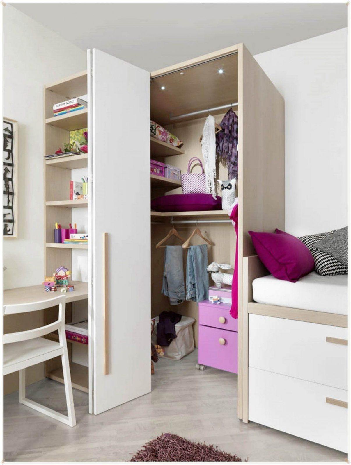 Begehbarer Kleiderschrank Dachschräge Reizend Dekoration Über von Begehbarer Kleiderschrank Dachschräge Ikea Bild