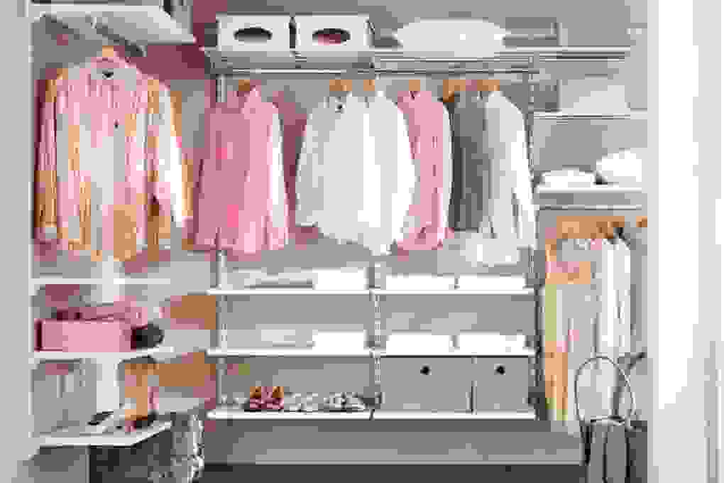 Begehbarer Kleiderschrank Selber Bauen Hornbach  Beistelltisch von Begehbarer Kleiderschrank Selbst Bauen Bild