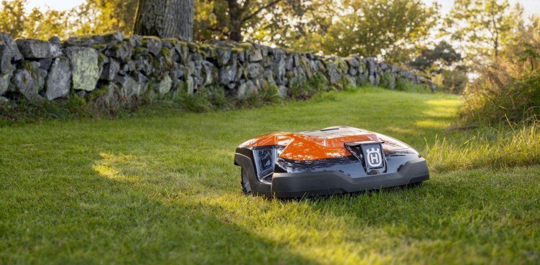 Best Automatic Lawn Mower  Top 8 Best Robotic Lawn Mower 2018 von Husqvarna Automower 430X Test Photo