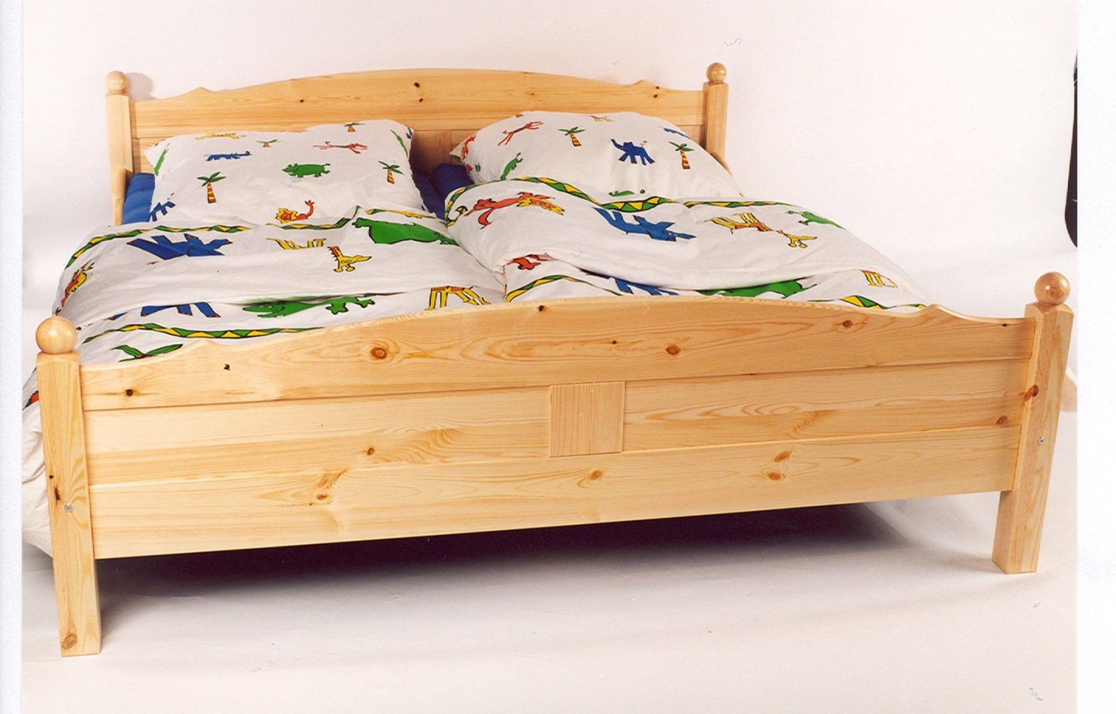 Bett Kiefer Massiv 180X200 – Eyesopen von Doppelbett Kiefer Massiv 180X200 Photo