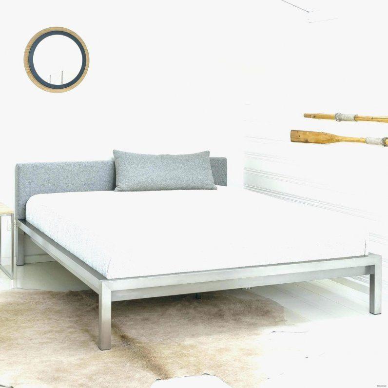bett kopfteil mit beleuchtung selber bauen haus design ideen. Black Bedroom Furniture Sets. Home Design Ideas