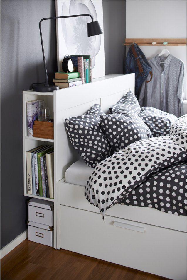 Bett Mit Regal  20 Ideen Mit Integrierter Ablagefläche von Bett Kopfteil Mit Ablage Selber Bauen Bild