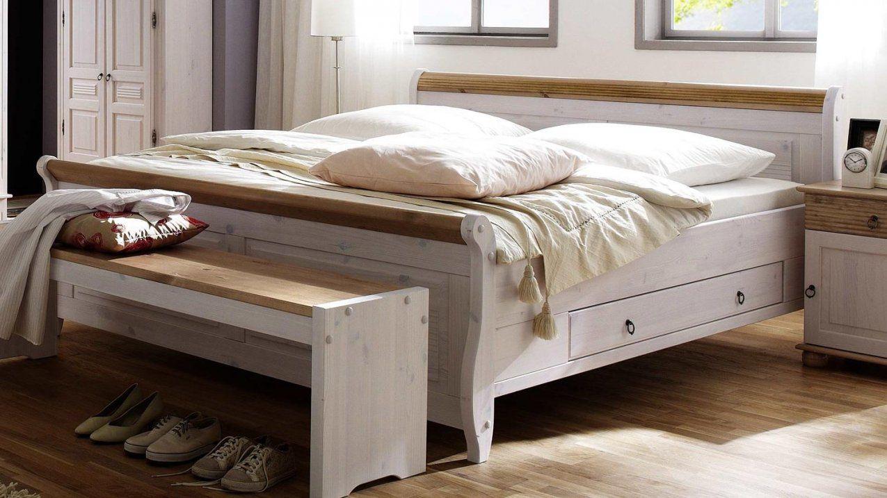 Bett Oslo Einzelbett Aus Kiefer Massiv Weiß Antik 140X200 Cm von Doppelbett Kiefer Massiv 180X200 Photo