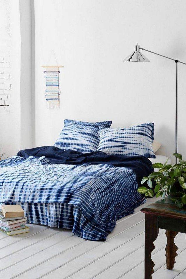 Bettwäsche Mit Shiborimuster  Wohnideen Fürs Schlafzimmer von Urban Outfitters Bettwäsche Bild