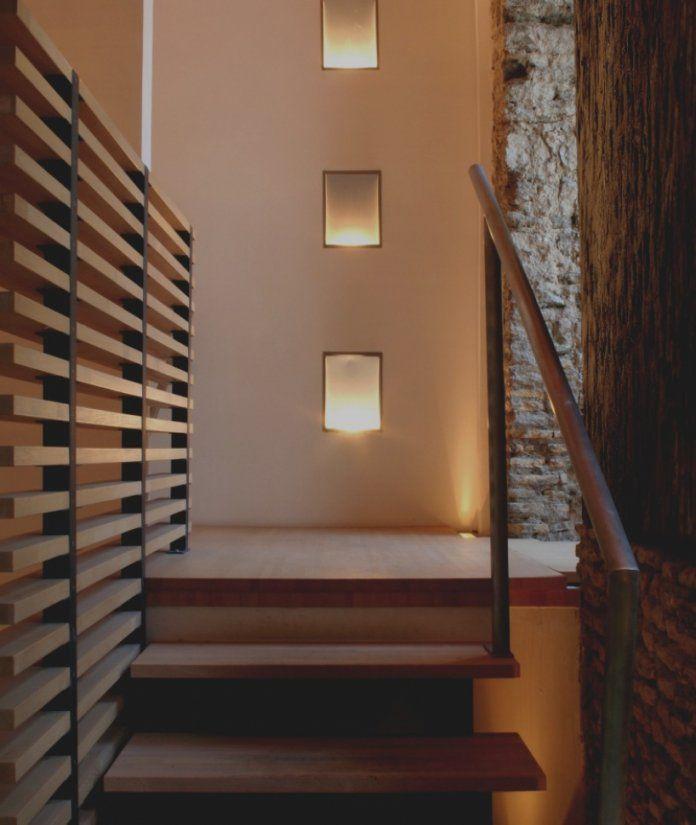 Bilder Treppen Wand Gestalten Thand Info  Wesanderson von Treppe An Der Wand Photo