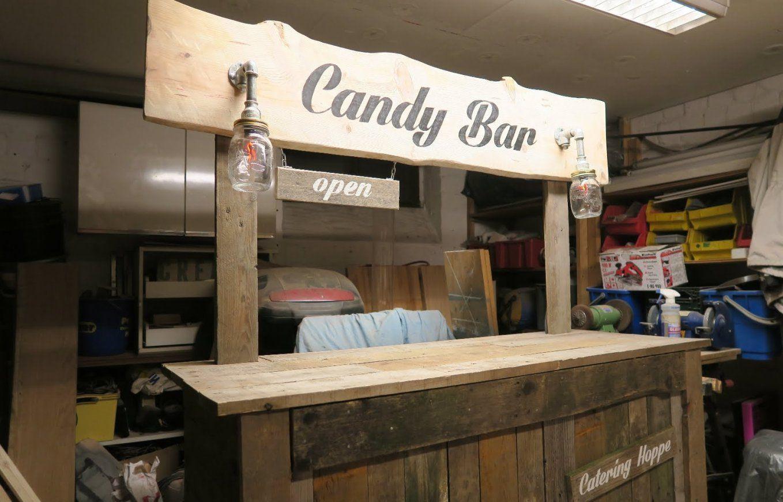 Candy Bar Selber Bauen Aus Paletten Teil 4  Youtube von Theke Aus Paletten Selber Bauen Bild