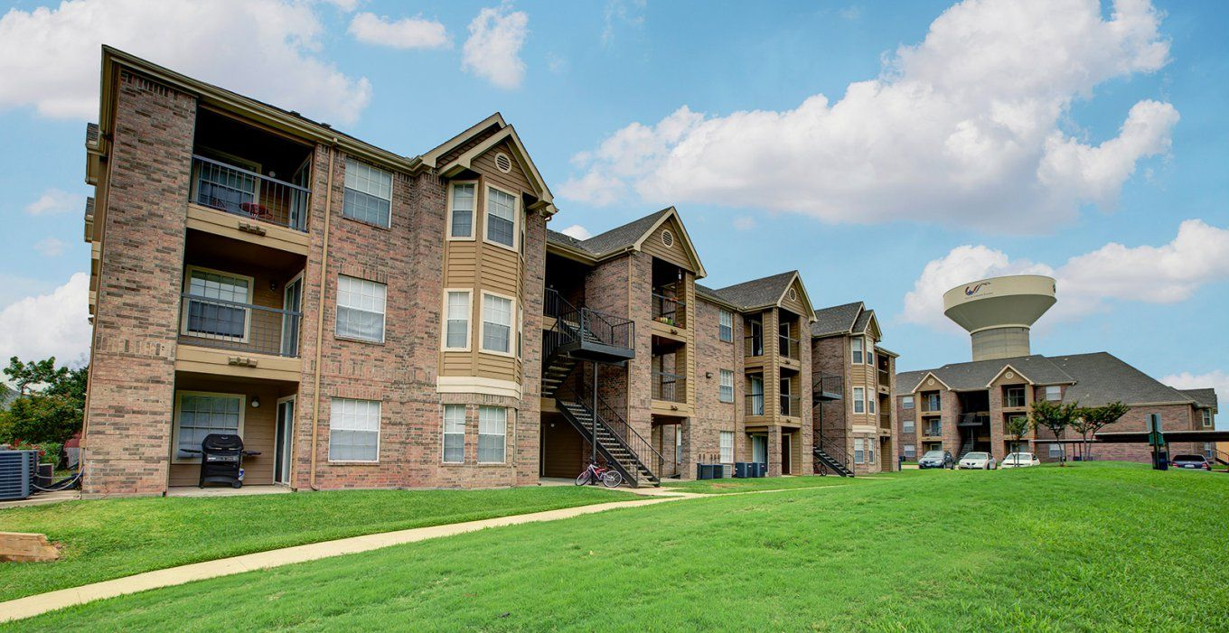 College Station Tx  Student Housing  The Enclave von The Enclave College Station Tx Photo