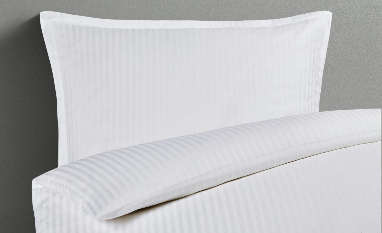 Damastbettwäsche  200X200 + 2X 80X80 Cm Weiß von Übergröße Bettwäsche Maße Photo