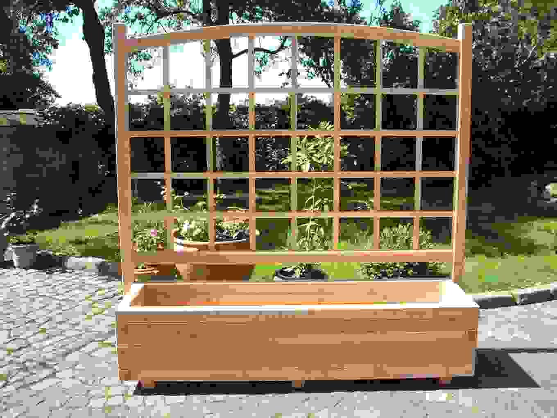 sichtschutz mit blumenkasten selber bauen haus design ideen. Black Bedroom Furniture Sets. Home Design Ideas