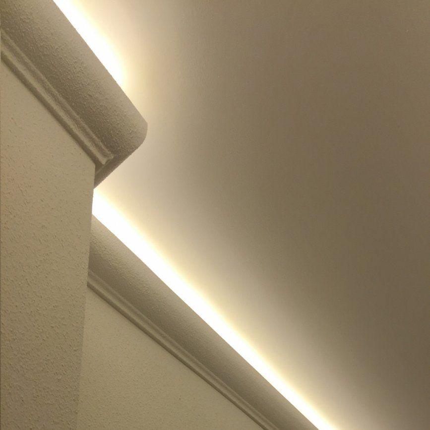 Das Stilvoll Sowie Atemberaubend Stuckleisten Für Indirekte von Stuck Mit Indirekter Beleuchtung Photo