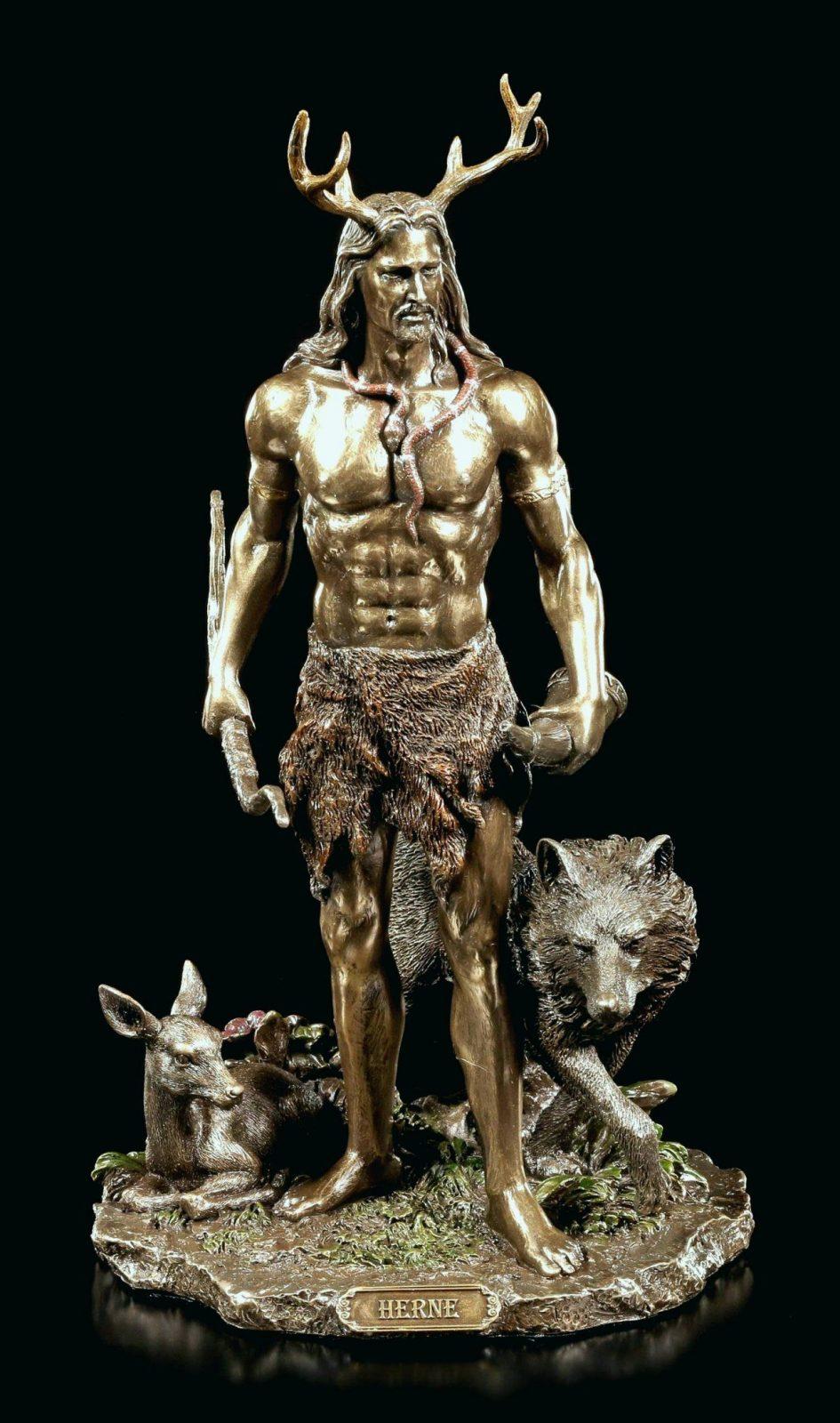Der Herr Der Ringe Figuren Fein Keltische Götter Als Deko Figuren von Herr Der Ringe Deko Photo